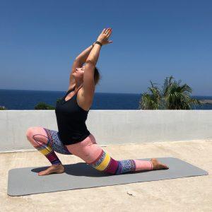 Magdala szkoła jogi, zajęcia poranne jogi